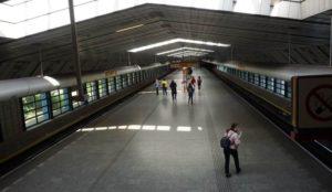 Stanice metra Luka trasa B - zastávka stanice nástupiště
