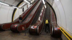 Metro Florenc stanice - eskalatory metra Praha