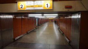 Metro Křižíkova stanice - nástupiště metra Praha