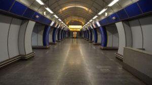 Metro Kolbenova stanice - nástupiště metra Praha