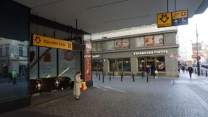 Metro Národní třída stanice - vstup do metra Praha