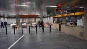 Metro Palmovka stanice - turnikety metra Praha