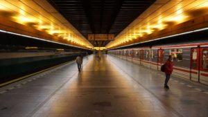 Metro Radlická stanice - nástupiště