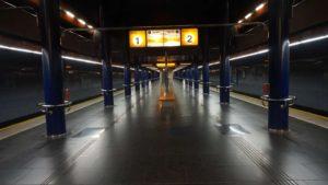 Metro Stodůlky stanice - nástupiště metra Praha