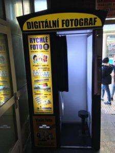 Fotoautomat metro stanice Zličín