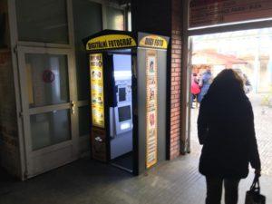 Poloha fotoautomatu na průkazové fotografie Metro Praha
